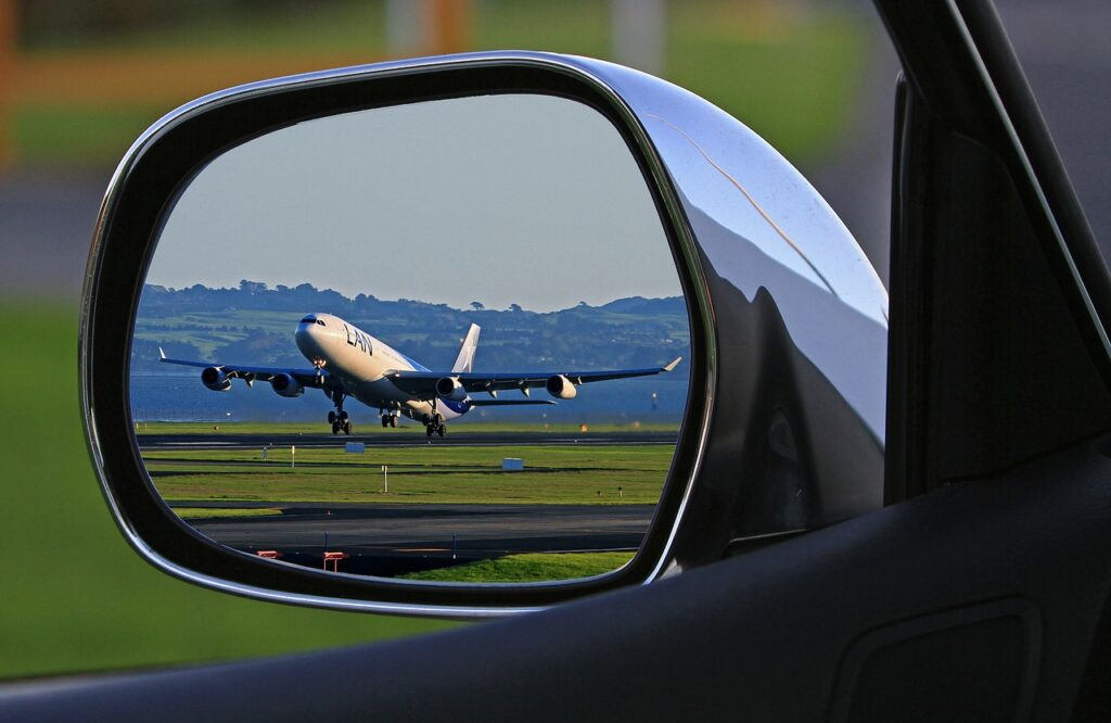 Why Plane Is The Best Transportation Vehicle